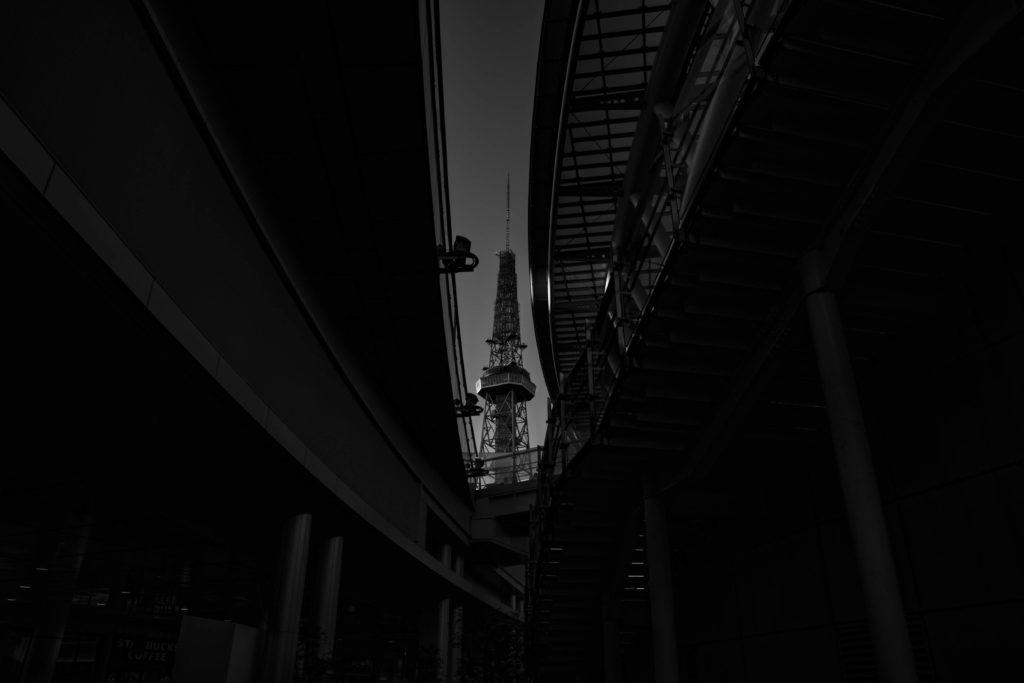サンドイッチ構図を意識して撮影した名古屋テレビ塔