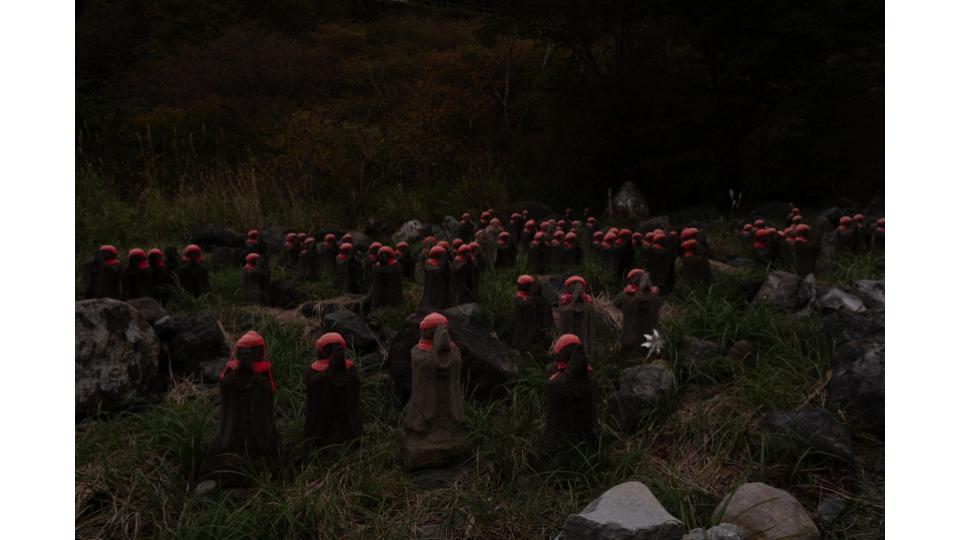 栃木県殺生石の千体地蔵
